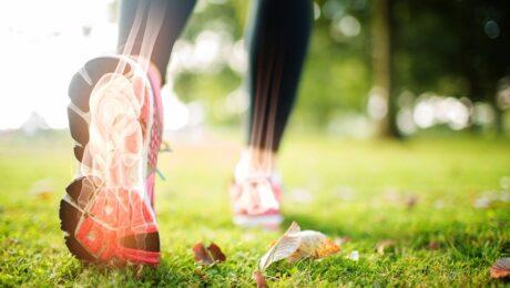 Podologo sportivi e appoggio del piede durante la corsa